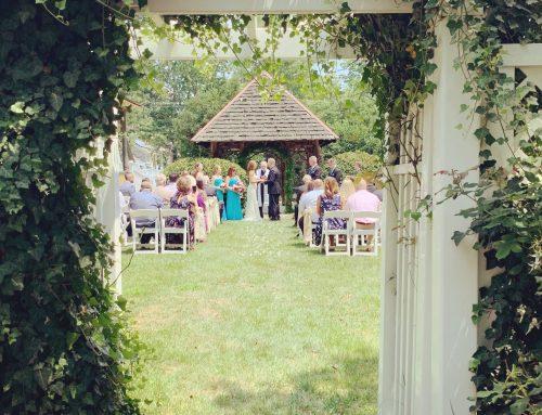 Natalie & Mike's Wedding + Reception / Vandiver Inn